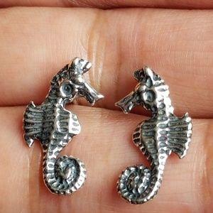 Jewelry - 925 seahorse earrings